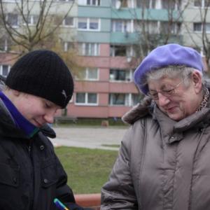 Uczniowie gimnazjum pytają o wady i zalety Pruszkowa